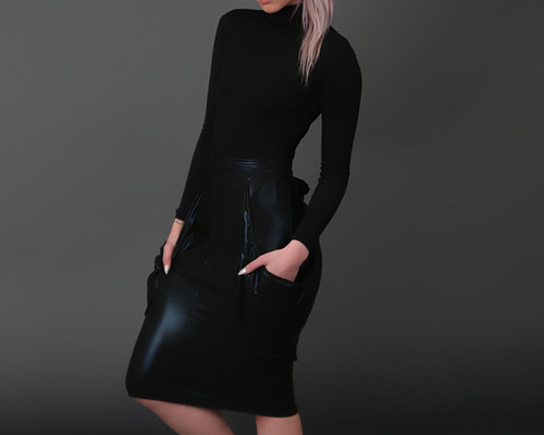 Sleek Drop pocket pencil skirt