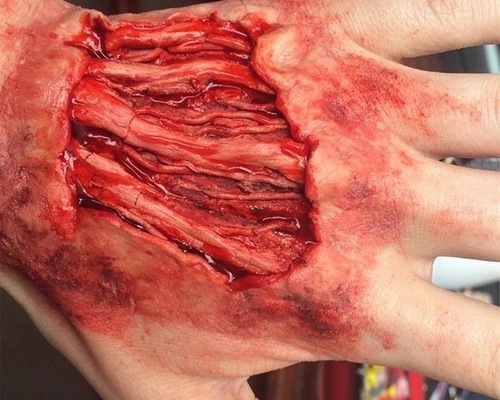 Scar Wax SFX makeup